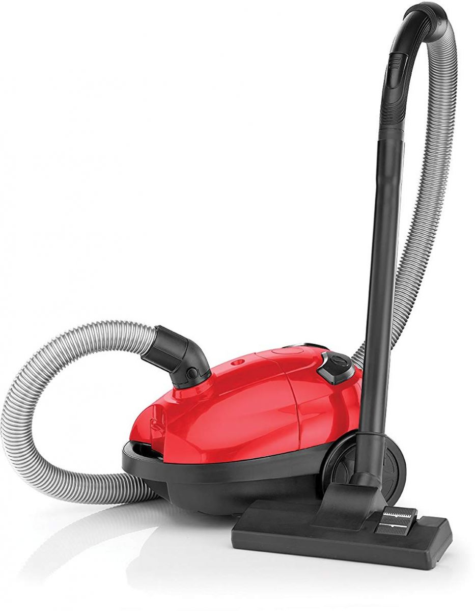 Black & Decker 1000 Watts Bagged Vacuum Cleaner, Red/Black – Vm1200-B5